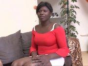L'image de la vidéo : Une noire du Congo ...