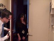 L'image de la vidéo : Brunette gloutonne ...